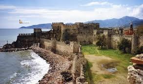 قلعة معمورة
